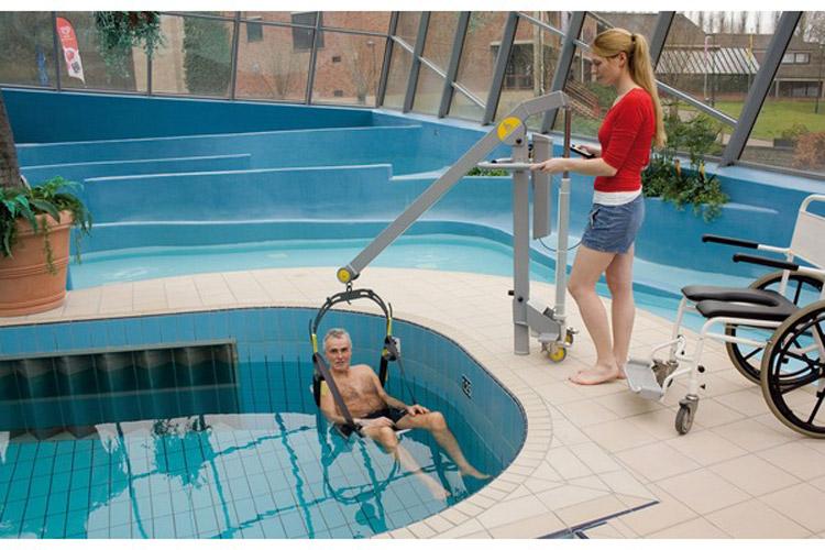 Sollevatori Mobili Per Piscina : Sollevapersone mobile per piscine handy swim